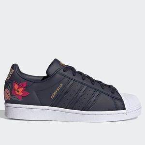Best 25 Deals for Adidas Flower Shoes | Poshmark